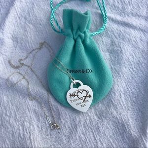 Return to Tiffany Etched Necklace